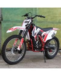 250cc Dirt Bike RF ZOOMe RTT with 5 Speed Manual Tranny, Electric and Kick Start, Big 21/18 inch wheels